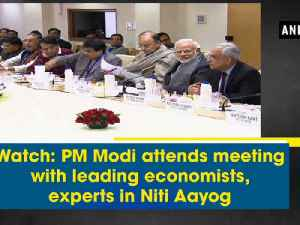 Watch: PM Modi attends meeting with leading economists, experts in Niti Aayog [Video]