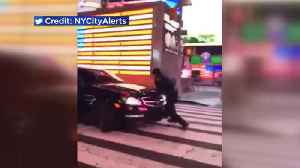 News video: Driver strikes NYPD officer in Times Square