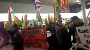 News video: Kurds and Turks clash in Hannover airport