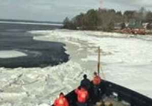 News video: Timelapse Shows Moment USCG Cutter Breaks Through Maine Ice Jam