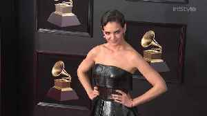 News video: Right Now: Katie Holmes Grammys Red Carpet