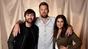 News video: Lady Antebellum Singer Hillary Scott Gives Birth To Twins