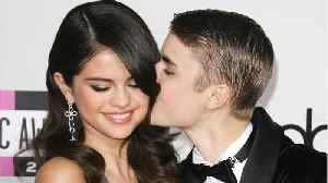 News video: Selena Gomez, Justin Bieber Reunite for Church and Hockey Game