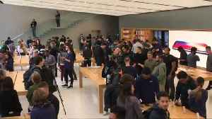 News video: iPhone sales less than expected, but Apple points to the good news