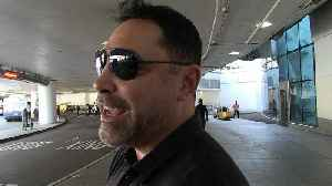 News video: Oscar De La Hoya: Floyd Mayweather's an Attention Whore, He'll 'Never' Fight in UFC