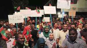 News video: Maldives declares state of emergency as troops storm Supreme Court