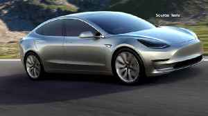 News video: CFRA Analyst Says It's 'Very Hard' to Short Tesla