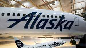 News video: Alaska Airlines Jet Forced To Turn Around Because Of Naked Man In Lavatory