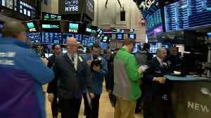 News video: Wall Street climbs, uncowed by inflation