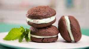 News video: How to Make Thin Mint Whoopie Pies