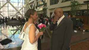 News video: 28 Couples Have Valentine's Day Courthouse Weddings