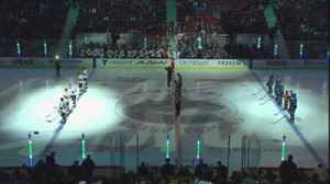 News video: Panthers, Canucks hold moment of silence before game