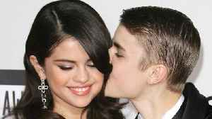News video: Selena Gomez and Justin Bieber spent Valentine's Day together, and apparently lots of PDA happened