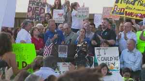 News video: Gun Control Rally Held In Fort Lauderdale Following Deadly School Shooting