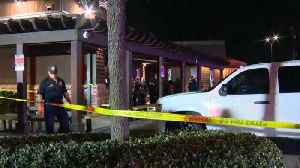 News video: Four people shot by a masked suspect outside a popular San Antonio Steakhouse