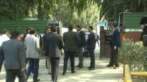 News video: Delhi Bureaucrats Meet Rajnath Over Chief Secy Assault Case