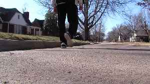 News video: 90 year old Tulsa man exercises