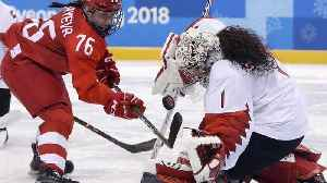 News video: Shannon Szabados on switching between men's and women's hockey