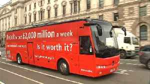 News video: Bus against Brexit starts UK tour