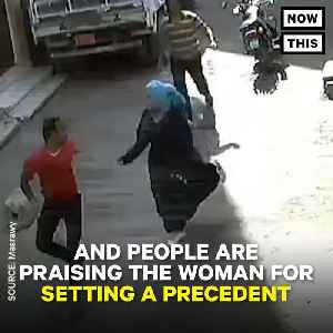 News video: Egyptian Woman Defends Herself Against Harasser, Man Goes To Jail
