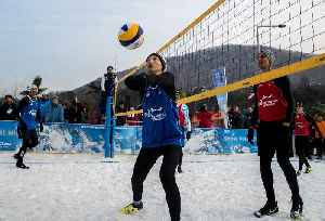 News video: Snow Volleyball: The New Winter Sport