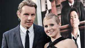 News video: Kristen Bell And Dax Shepard Find Their Doppelgangers At Winter Olympics