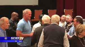 News video: Brett Favre speaks at Gulf Coast Coaching Clinic