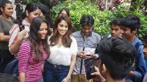 News video: Nushrat Bharucha Visits Theatre For Audience Reactions