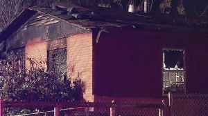 News video: 2 People Rescued From Fort Worth House Fire