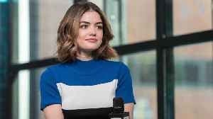 """News video: Wardrobe On """"Life Sentence"""": How Is Stella's Clothing Different From Aria's?"""