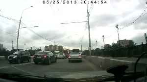 News video: dash cam - dog make out on rush hour jam
