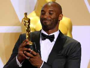 News video: Jimmy Kimmel Gave Kobe Bryant a Gift for His Oscar Trophy