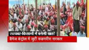News video: Protested of thousands of Maharashtra's farmers in Mumbai over demanding of debt waiver