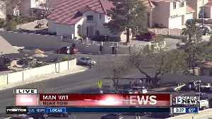 News video: Man with gun near Torrey Pines, La Palma | Breaking news