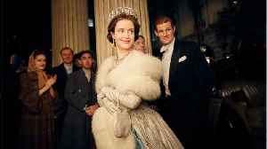 News video: Claire Foy Who Played Queen Elizabeth on Netflix's 'The Crown' Made Less Than Her Male Co-Star
