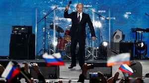 News video: Putin shows his dominance at a rally in Crimea ahead of the Russian election