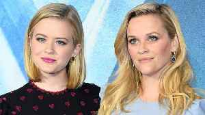 News video: Reese Witherspoon's daughter Ava Phillippe got a bob haircut, and she looks exactly like her mom in