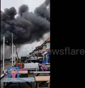 News video: Police issue warning as massive fire breaks out on Hove industrial estate