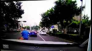 News video: Driver rams motorcyclist in road rage attack