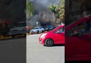 News video: Gas Fire Engulfs Parked Cars in Burbank, California