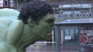 News video: The Hulk stops traffic in Blackpool
