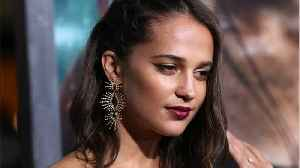 News video: Alicia Vikander Put On 12 Lbs. Of Muscle For
