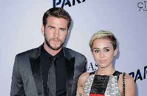 News video: Liam Hemsworth and Miley Cyrus want 'last-minute wedding'