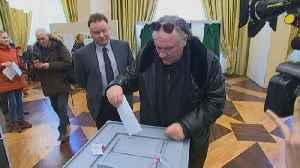 News video: Depardieu votes in Russian election