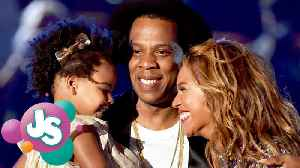 News video: Beyonce & Jay Z Let Blue Ivy Make RIDICULOUS Bid At Art Auction!