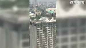 News video: Philippines Hotel Fire Helicopter Rescue