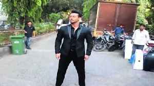 News video: Tiger Shroff and other bollywood celebrities at filmistan studio on shooting