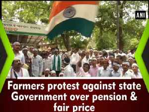 News video: Farmers protest against state Government over pension & fair price