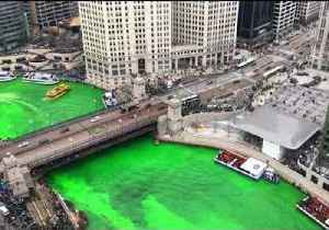 Chicago River Dyed Green to Celebrate St.Patrick's Day [Video]