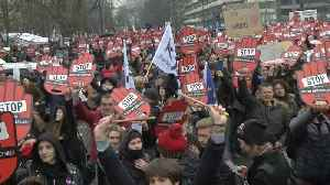 News video: Poles demonstrate against tightening abortion law